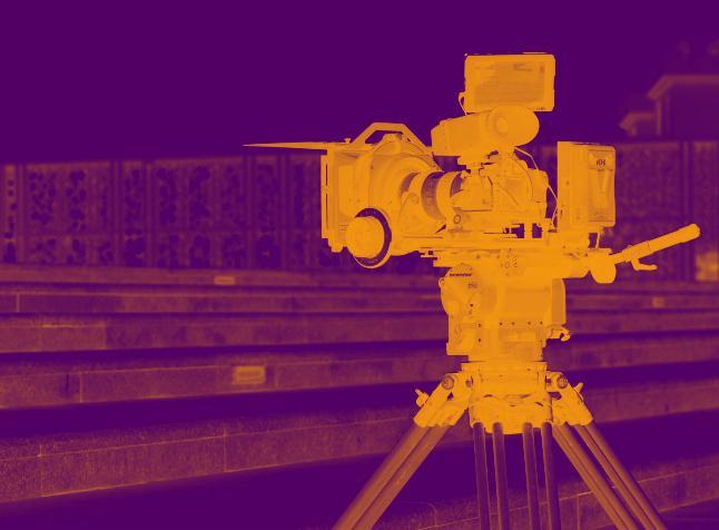 Behind The Scenes on a Studio 20Q Filmset