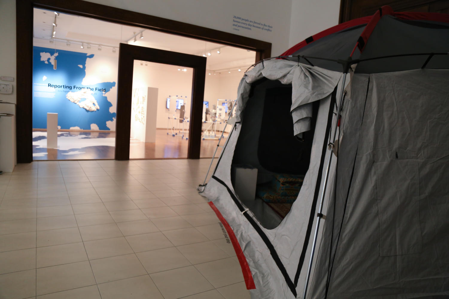 1.%09A+tent%2C+similar+to+the+housing+tents+at+the+Kara+Tepe+camp%2C+is+set+up+outside+the+exhibition+to+demonstrate+Syrian+refugees%E2%80%99+living+situations.+%0A