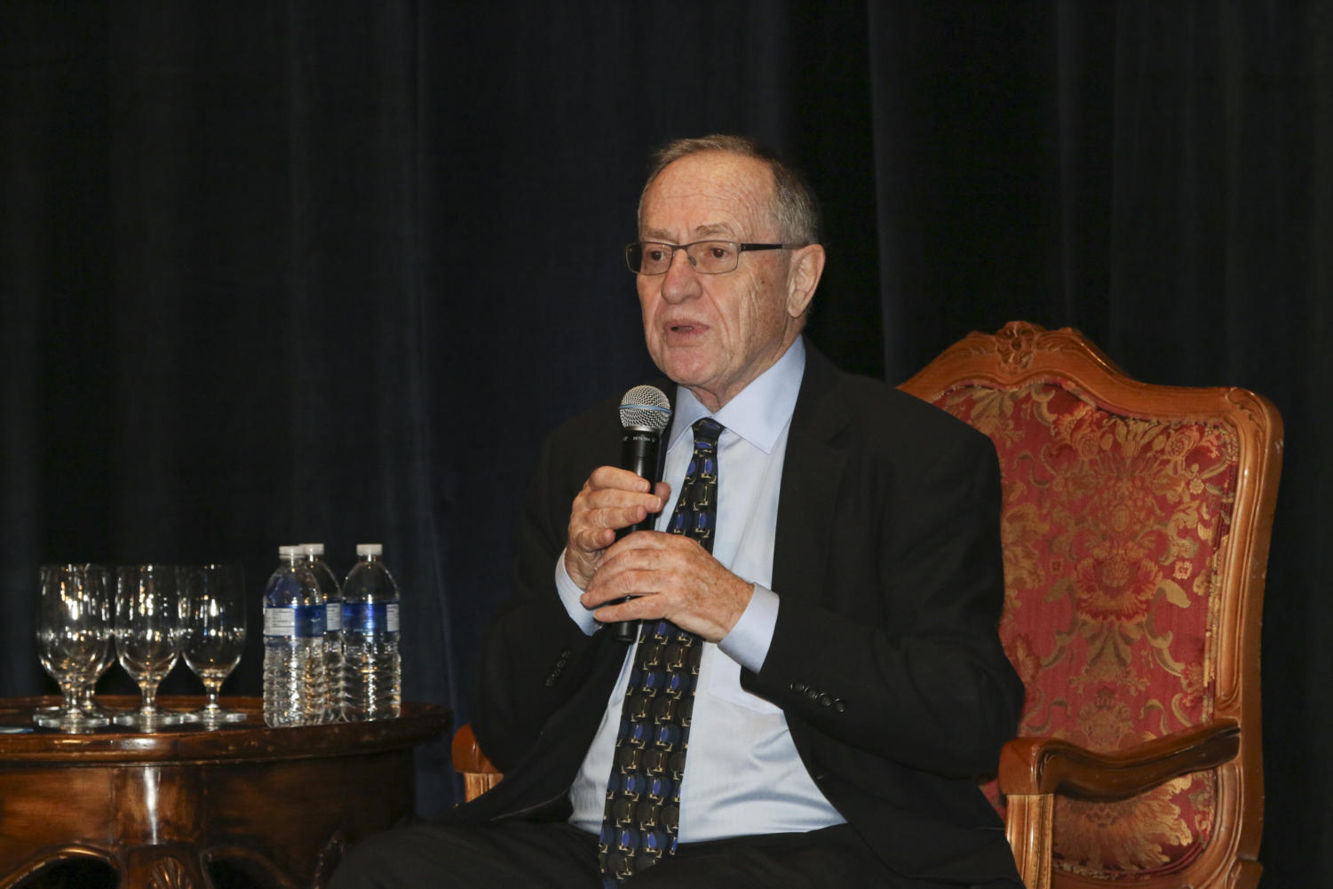 Alan Dershowitz at the 2015 Len Mazur Memorial Lecture. Photo from The Jewish Federation of Sarasota-Manatee on Flickr