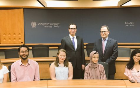 U.S. Treasury Secretary Steven Mnuchin meeting with GU-Q students. Photo credit: https://twitter.com/stevenmnuchin1/status/1055811965577240576