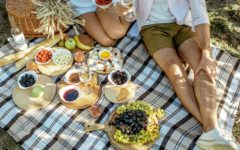 How to Plan the Perfect Outdoor Picnic Amidst COVID-19